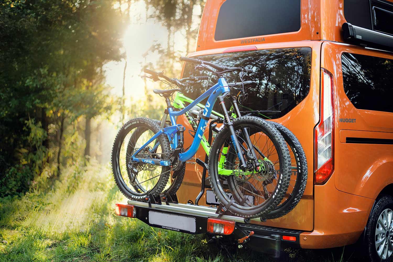 ford-nugget-hinten-mit-fahrrad-traeger